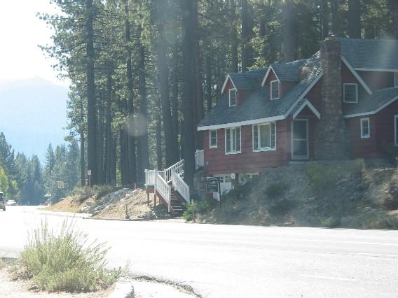 Häuser in Wäldern